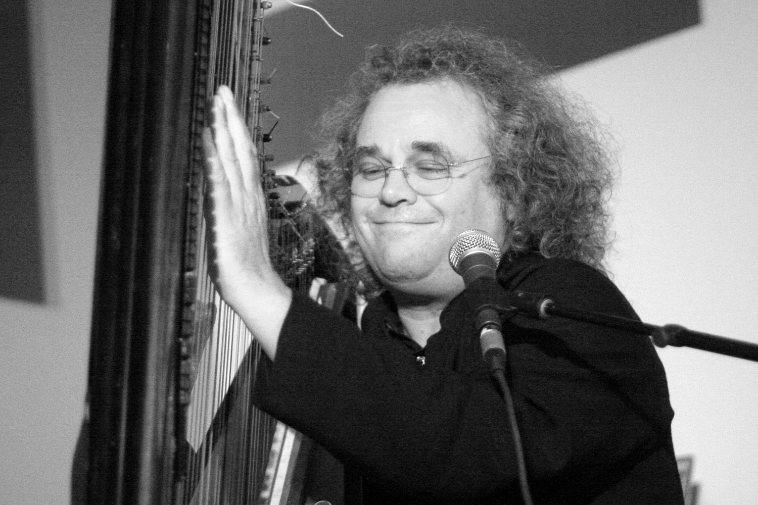 Andreas Vollenweider plays the harp at live performance for KINK.FM radio.