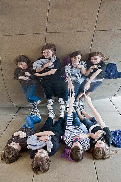 kids under cloudgate